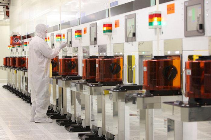 인텔은 중국의 프로세서 칩 공장을 3D NAND 플래시 칩으로 전환하고 있다.