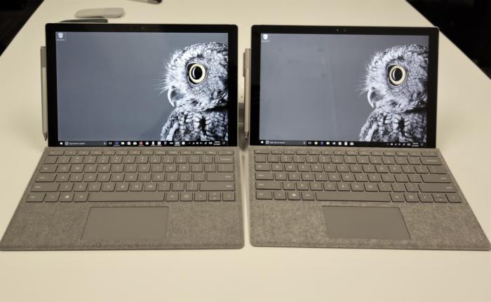 마이크로소프트 서피스 프로가 왼쪽, 구형 서피스 프로 4가 오른쪽 제품이다.