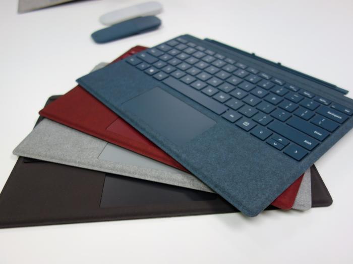 서피스 프로 주변 액세서리에는 4개 색상 옵션이 있다.