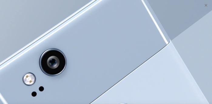 픽셀 2와 아이폰 8의 기본 용량은 모두 64GB다.