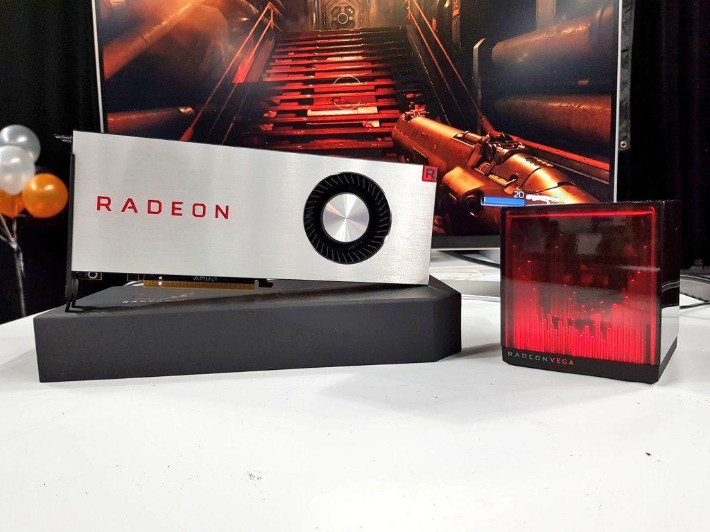 라데온 RX 베가와 AMD의 홀로큐브.