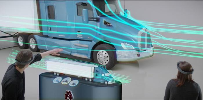 마이크로소프트 홀로렌즈 시스템을 활용하고 있는 모습. 전면의 작은 트럭은 완전한 홀로그램이다.