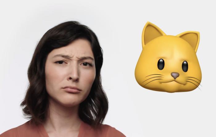 애니모지는 사람이 말하는 동안 얼굴 표정과 입 모양을 모방한다.