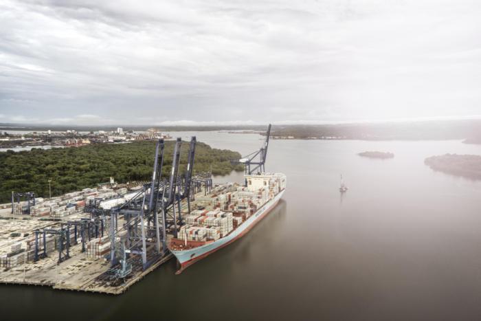 블록체인 기반의 분산 원장은 물류 운송 업계에서 연간 수십억 달러를 절감할 수 있다.