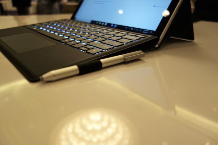 펜이 HP 엔비 x2에 기본으로 들어가는지는 알 수 없으나, 이번 주 펜을 함께 공개했다.