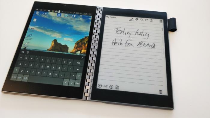 인텔의 타이거 래피드 프로토타입은 일반 PC에 잉크를 사용할 수 있는 EPD 화면을 결합했다.