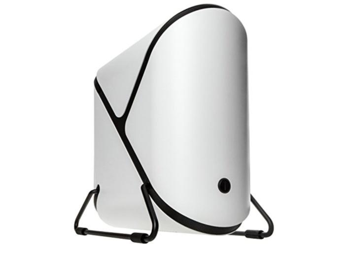 비트페닉스의 포털은 미니 ITX 케이스를 밸브의 인기 게임 포털에서 가져온 디자인으로 독특하게 만들었다.